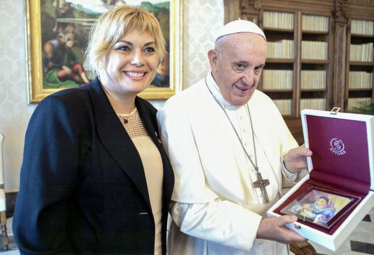 Ana y el Papa